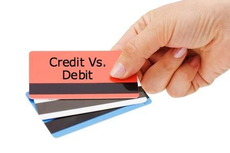 Phân biệt thẻ tín dụng và thẻ ghi nợ như thế nào?